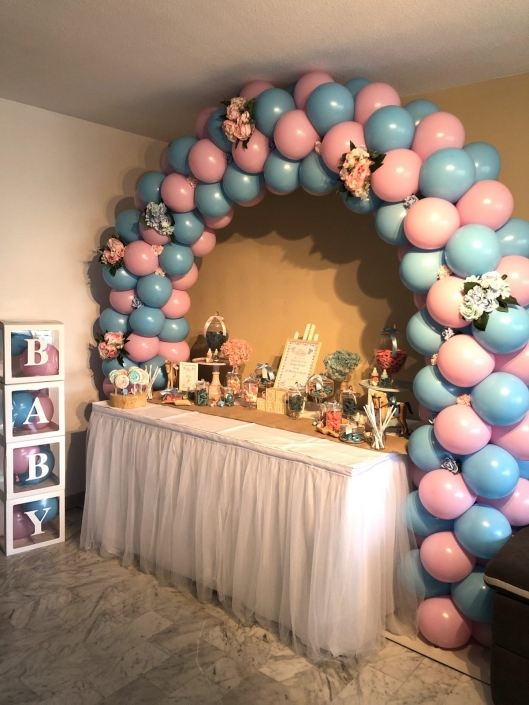 ballons gender reveal party